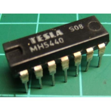 MH5440 (Mil spec 7440), TESLA, dual 4-input NAND buffer