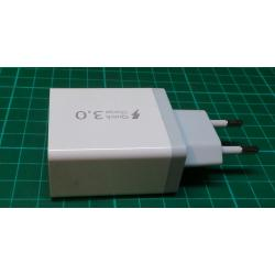 Quick charge 3.0 +2.4A + 2.4A